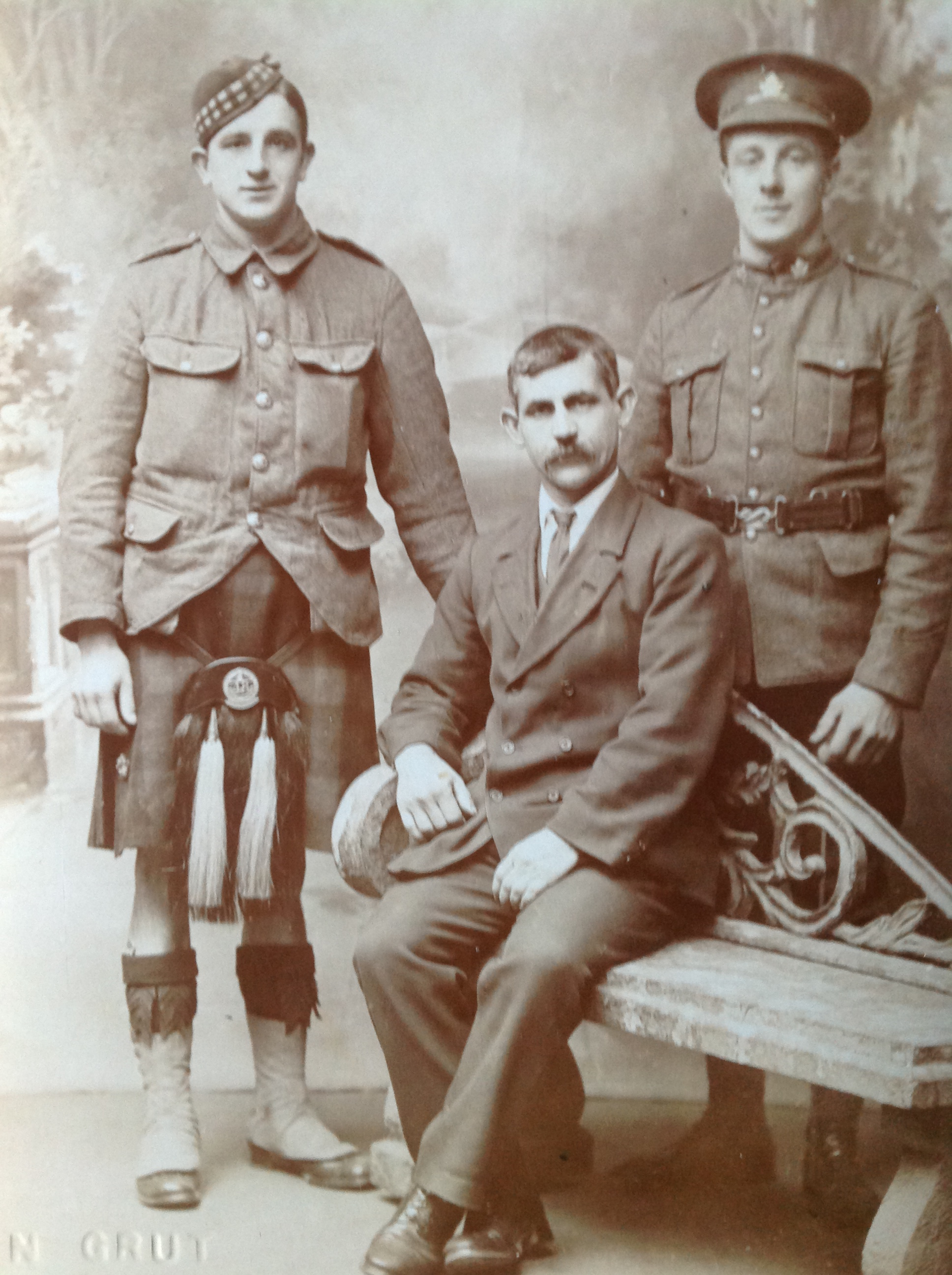 Photo of JEFFERY HIBBS– Jeffrey Hibbs is on the right. This was taken in Guernsey in 1915.