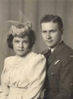 Photo de RAYMOND VICTOR LYNCH – Marjorie et Raymond. Soumis dans le cadre du projet : Operation Picture Me