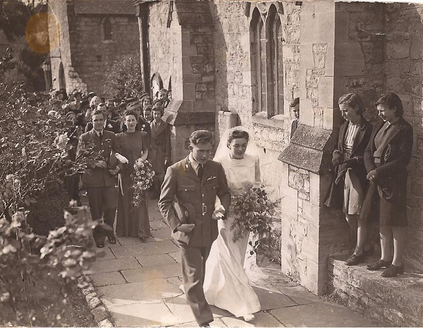 Group Photo– Wedding day to Elizabeth Griffiths of Llantwit Major, Wales