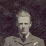 Photo 4 of Duncan MacFarlane– Duncan Walter MacFarlane - photo taken in London, England)