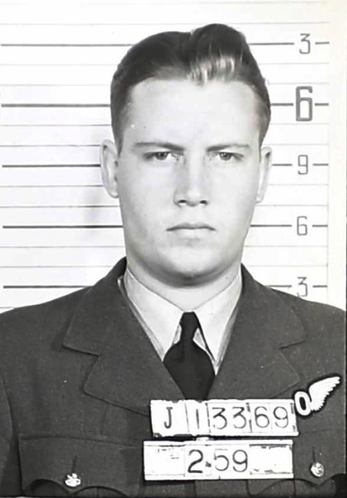 Photo of GORDON WILLIAM ELLIOTT