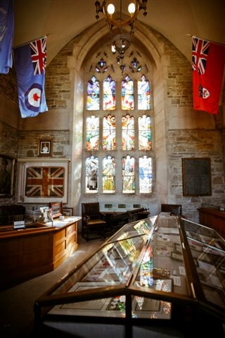 Memorial– Memorial Room, Soldiers' Tower, University of Toronto.  Photo by David Pike, 2010; courtesy of Alumni Relations.