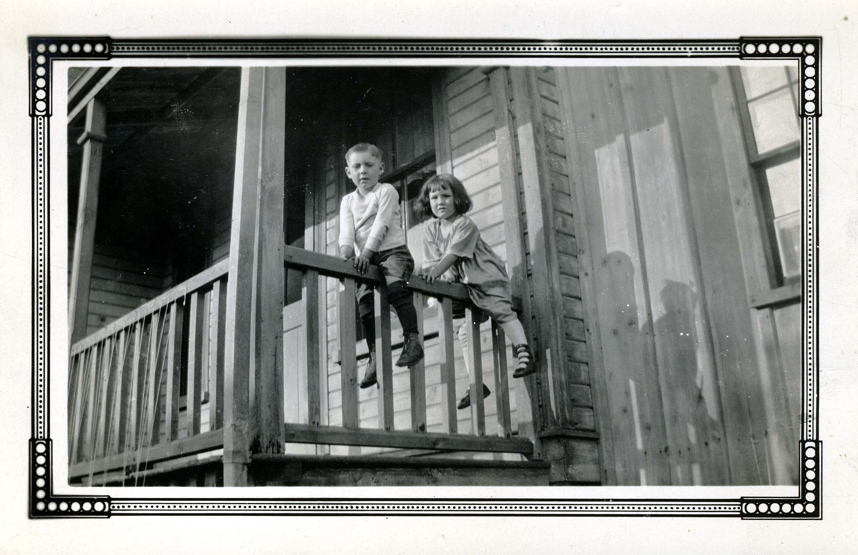 Group Photo– Don Bier with his cousin Leota Lounsbury, Woodstock ON circa 1919