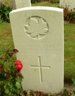 Grave Marker– (credit: Gary Nelson, International Wargraves Photography Project, //Find-a-grave.com)