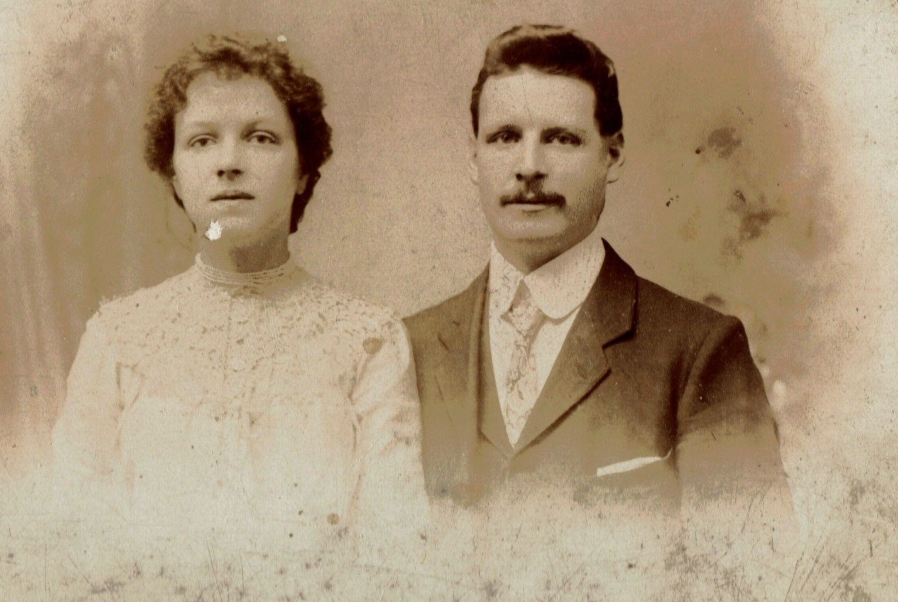 Photo of FRANCIS HENRY GRAHAM– Francis Henry Graham and Jessie Brooks on their wedding day 1906