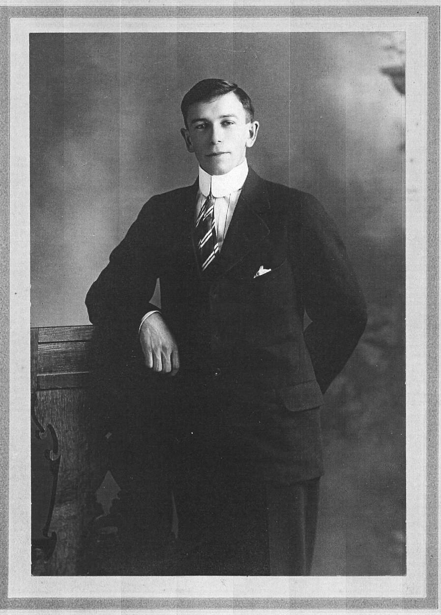Photo of Harold Burnside Harris