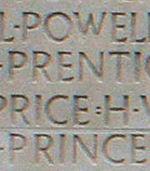 Inscription – Son nom tel qu'il est inscrit sur le monument commémoratif de Vimy (2010). Plus de 11,000 Canadiens déchus qui n'ont pas de lieu de sépulture connue en France, sont honorés sur ce mémorial. Puissent-ils ne jamais être oubliée. (J. Stephens) )