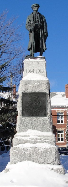 Kenora War Memorial– Kenora Cenotaph, courtesy of Kenora Great War Project