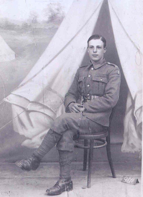Photo of Harold Roberts