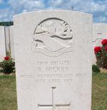 Grave Marker– Photo courtesy of www.forgetmenotwargraves.webeden.co.uk