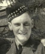 Photo of Robert Grier– Photo courtesy of Owen Sound Collegiate (OSCVI) Digital Soldier Library.
