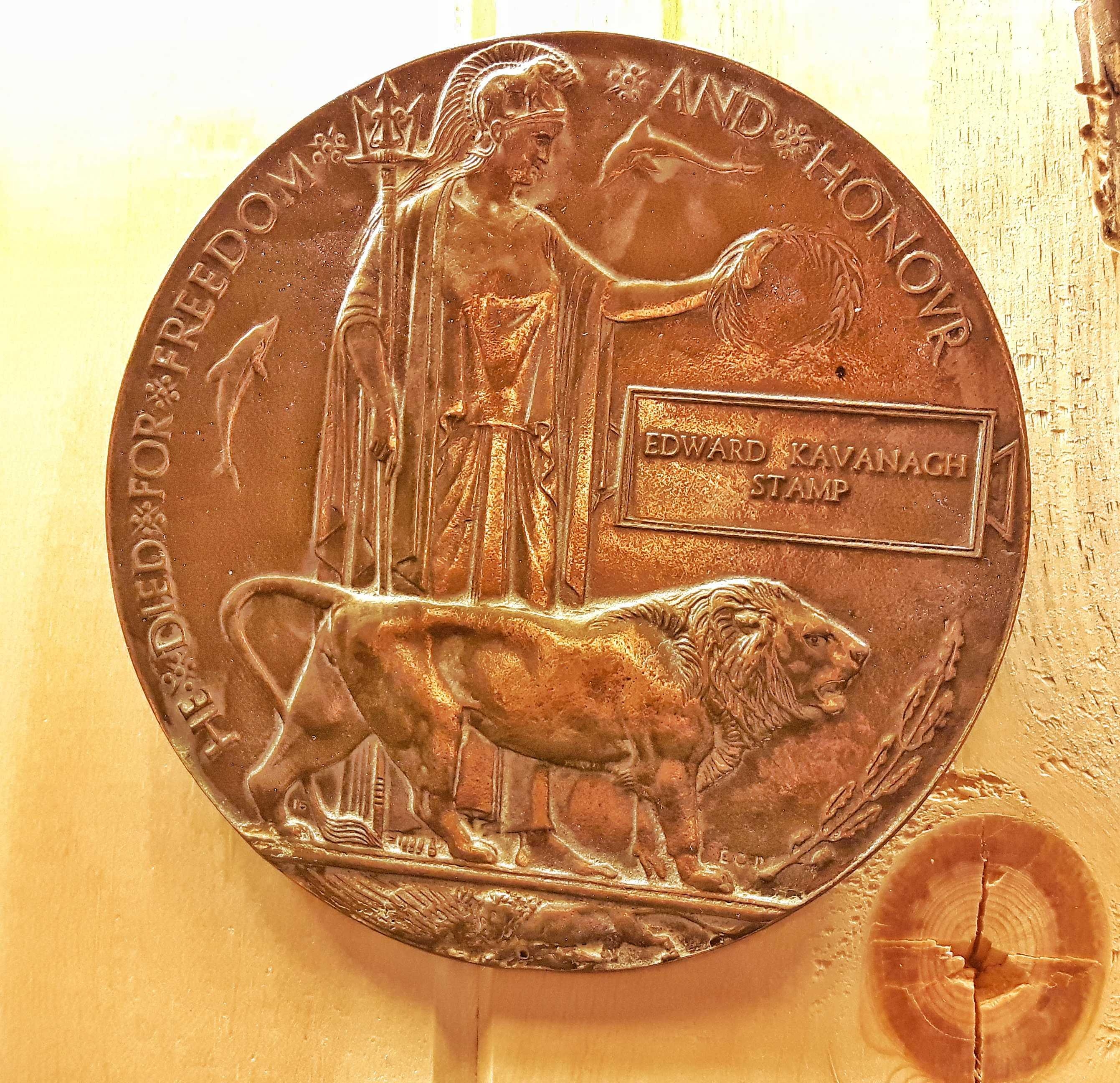Medallion– Memorial Plaque (medallion)