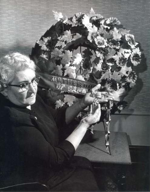 Photo of Regina Leboldus– 1955 National Memorial (Silver) Cross Mother
