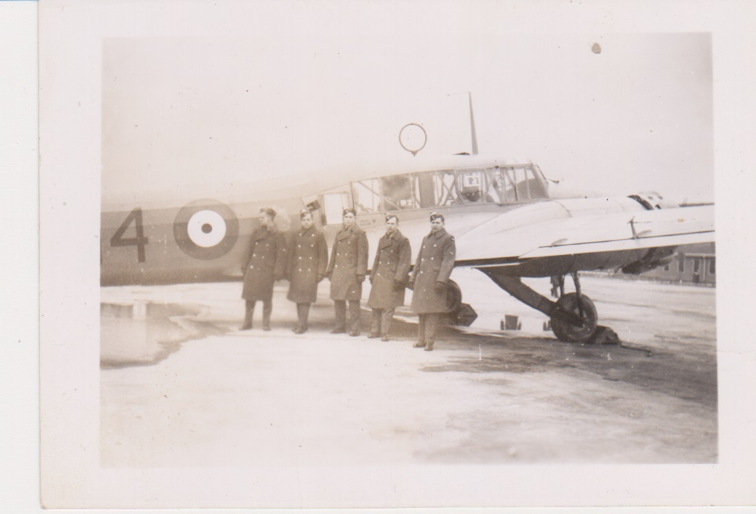 Group Photo– Hector Paquin  Port Alfred 12 Nov 1941