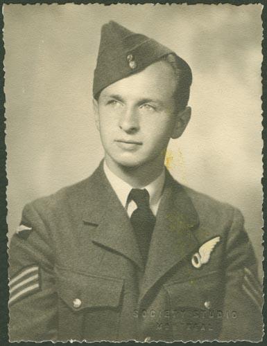 Photo of Jacob Harry Singer– Pilot Officer Jacob Harry Singer courtesy McGill University archives