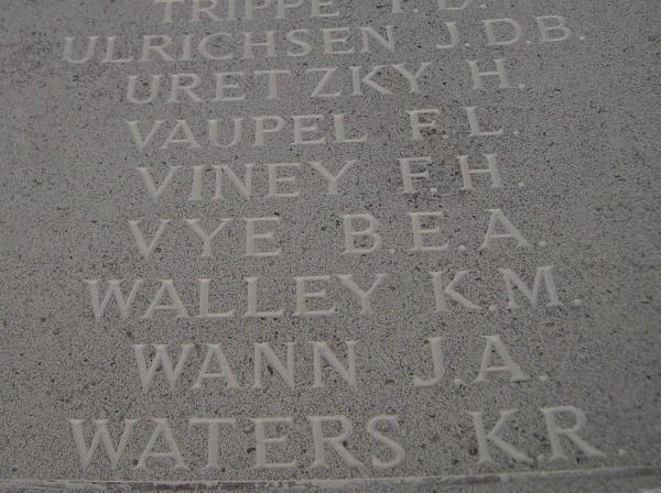 Inscription– Inscription - Runnymede Memorial, September 2010, photo courtesy of Marg Liessens.