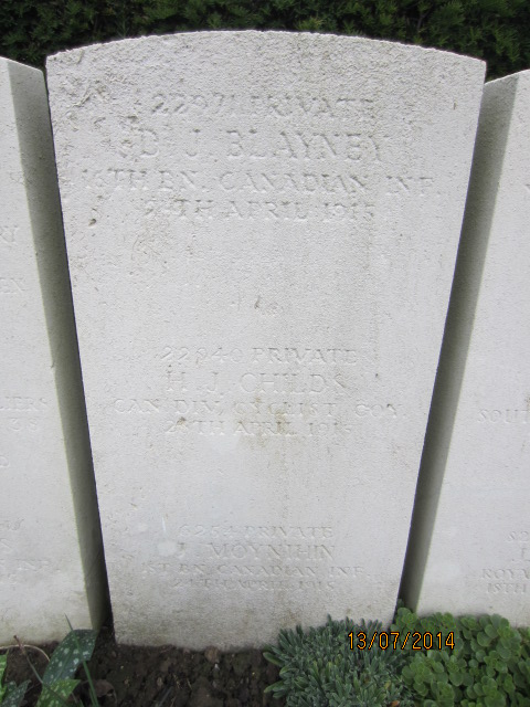 Grave marker– Combined grave marker for Private David John Blayney (top), Private H. J. Childs (middle) and Private James Moynihin (bottom) at Bailleul Communal Cemetery, France. Image taken 13 July 2014 by Tom Tulloch.