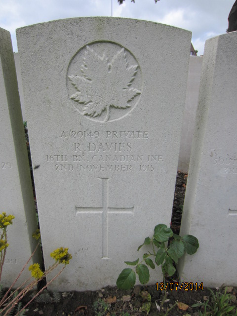 Grave Marker– Grave marker for Robert Davies in Bailleul Communal Cemetery, Nord, France.