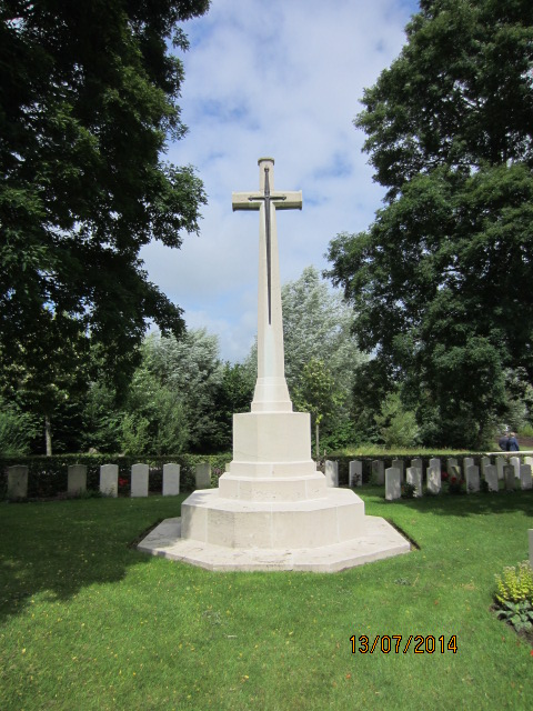 Cross of Sacrifice– Cross of Sacrifice at Bailleul Communal Cemetery Extension, Nord, France. Submitted by Tom Tulloch; image taken 13 July 2014