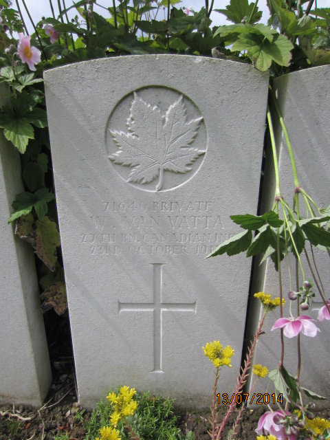 Grave marker– Grave marker for Walter Vanatta (Van Vatta) in Bailleul Communal Cemetery, Nord, France. Image taked 13 July 2014 by Tom Tulloch.