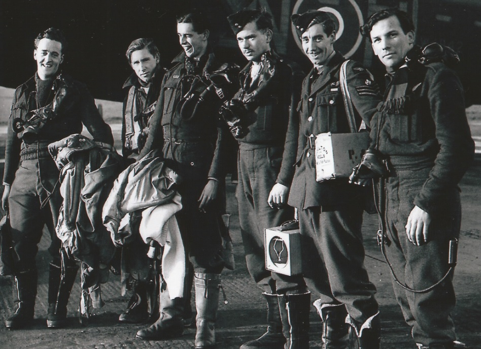 Photo of LEWIS JOHNSTONE BURPEE– F/Sgt Lewis Burpee (3rd from right) and crew.
