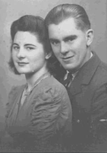 Photo of Mary and Ken