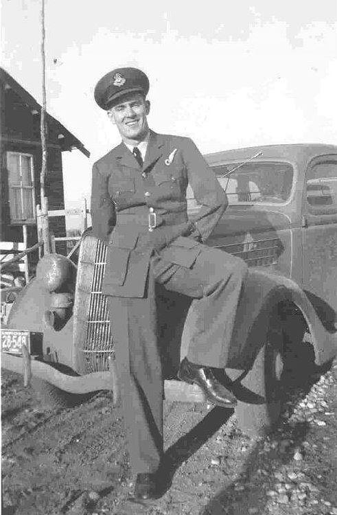 Photo of Kenneth Earnshaw– 1942