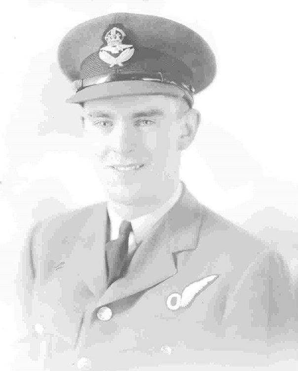Photo of Kenneth Earnshaw– 1941