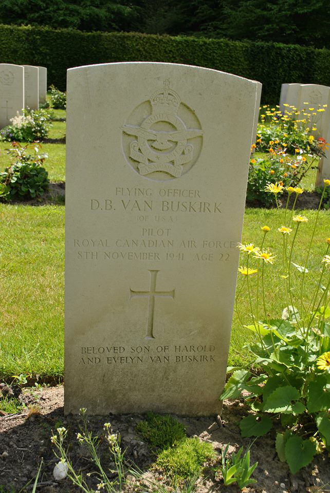Grave Marker– F/O Douglas Byrd Van Buskirk gravestone