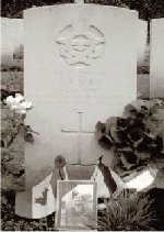 Gravemarker– Headstone of Floyd Wile at Reichswald Cemetery in Kleve Germany during a visit in 2000 by his Great Niece.