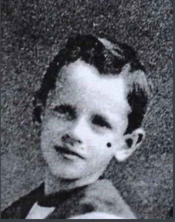 Photo de John Ronald MacDonell – Photo d'enfance. Soumis dans le cadre du projet : Operation Picture Me