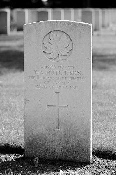 Photo of THOMAS ALLEN HUTCHESON– Killed in action near Biervliet (about 15km from Terneuzen). Lest We Forget.