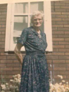 """Photo de Mary E. Stodgell – À la mémoire de madame Mary Stodgell, Mère nationale de la Croix du Souvenir (Croix d'argent) en 1963. Madame Stodgell a perdu 3 fils lors de la Seconde Guerre mondiale.  Images soumises au nom de Chris Stodgell pour le projet """"Operation Picture Me""""."""