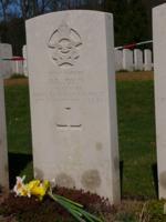 Grave Marker– Kenneth Ross Joslin - Gravestone (Durnbach War Cemetery, Tegernsee, Germany)