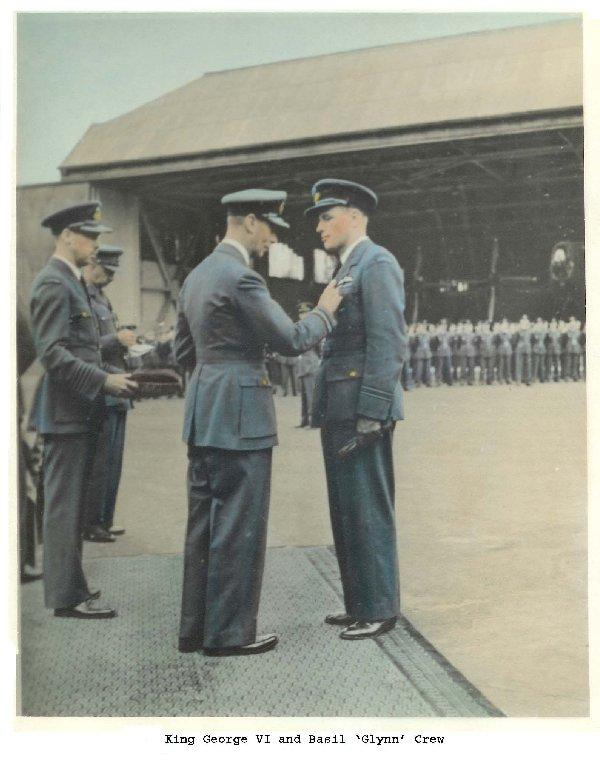 Basil Crew et Roi George VI