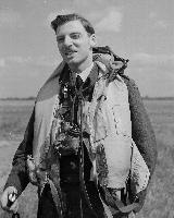 Photo of HAROLD WILMER KERBY– PL-19092 UK-4233 31/05/43 432 SQN Wing Commander Harold Kerby, of Toronto, commander of 432 RCAF bomber squadron overseas.