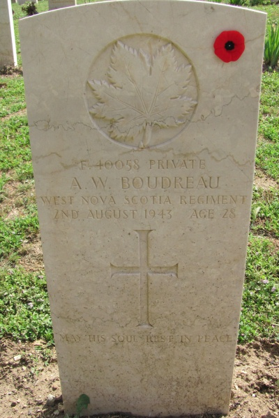 Grave marker– Photo courtesy of Marg Liessens - 2013