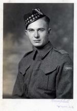 Photo de John Ferguson – Soldat John Ferguson Seaforths of Canada ans 22 years Nov,1941