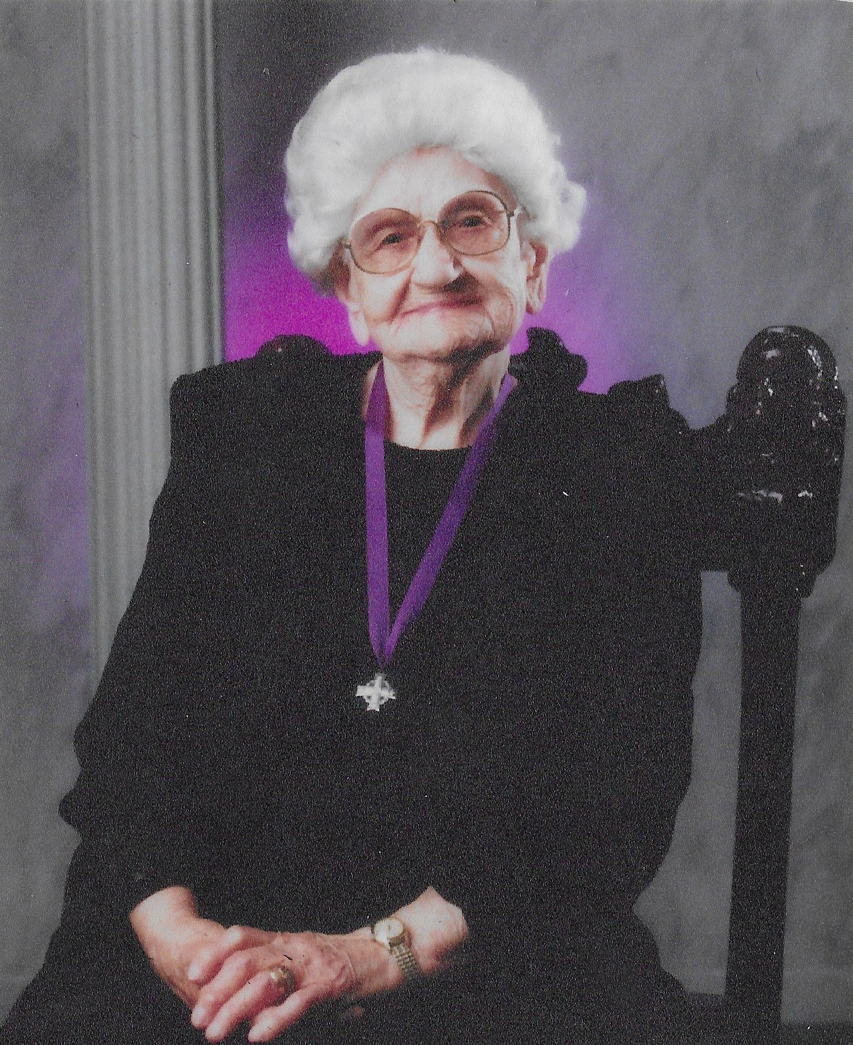 Photo de Wilhelmina Marine Baer – (1994 National Memorial (Silver) Cross Mother) of Gorlitz, Saskatchewan.