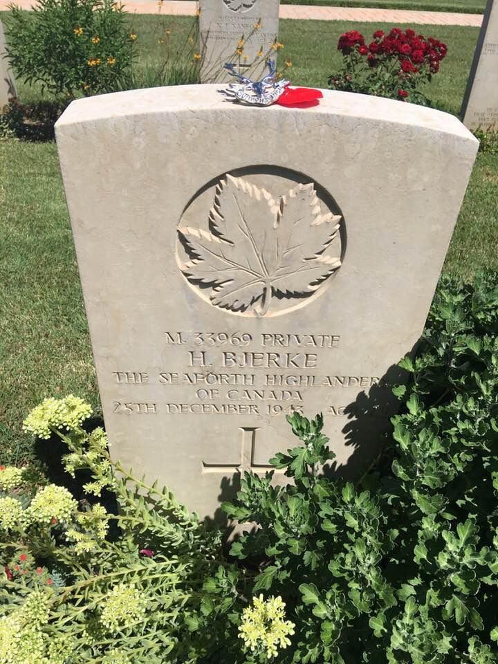 Grave Marker– Moro River Canadian War Cemetery grave marker