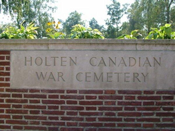 Cimetère de guerre canadien de Holten (2)