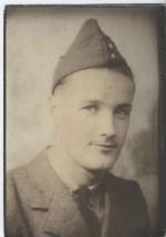 Photo of FRANK HARRIS– Pte. Frank Harris B.2162