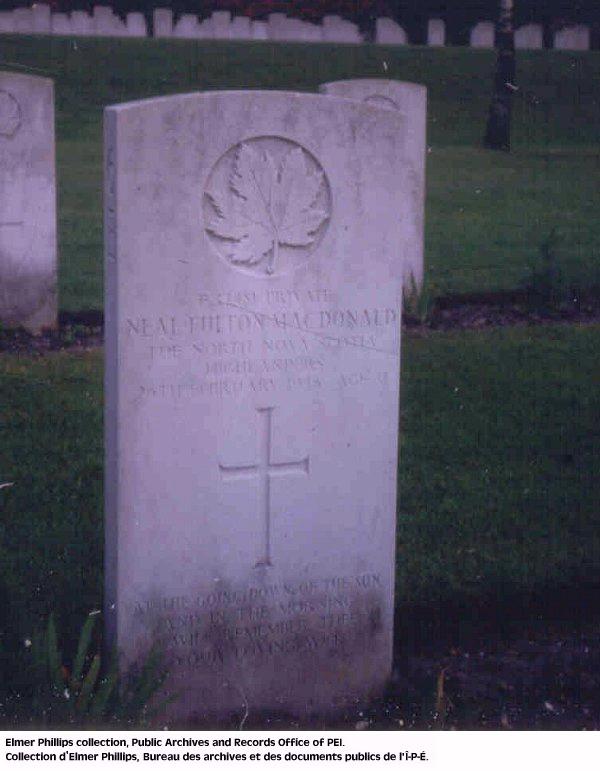 Stèle funéraire de N.F. Macdonald