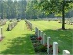 Holten Canadian War Cemetery (3)