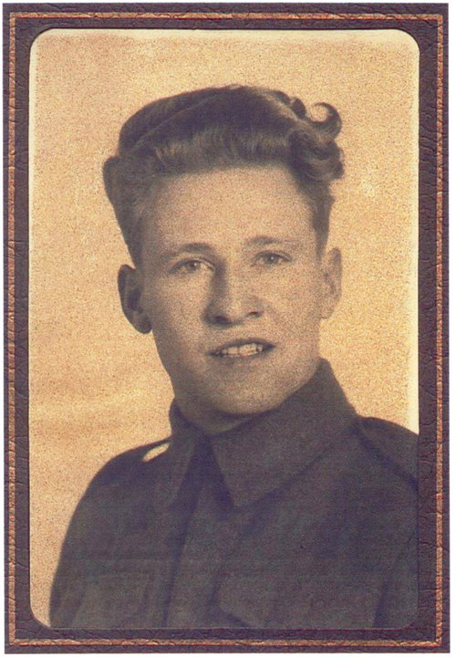 Photo of Bruce Byron Ray– K.62848 Canadian Scottish Regiment March 31st 1945