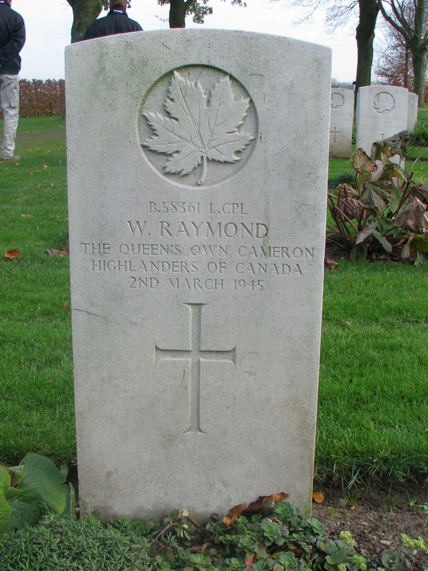 Grave marker– Headstone of Wilfred Raymond. Image provided by Padre Phil Miller, Br #25, RCL, Sault Ste. Marie, ON. We Will Remember Them.