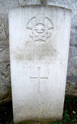 Grave Marker– The grave of the Pilot Officer THOMSON in Creil, France