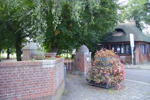 Cemetery Entrance– Entrance … Schoonselhof Cemetery … photo courtesy of Marg Liessens