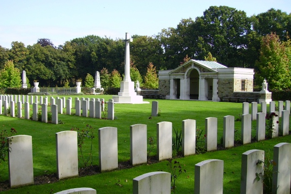 Cemetery– Cross of Sacrifice located in Plots 4 and 4A … Schoonselhof Cemetery … photo courtesy of Marg Liessens