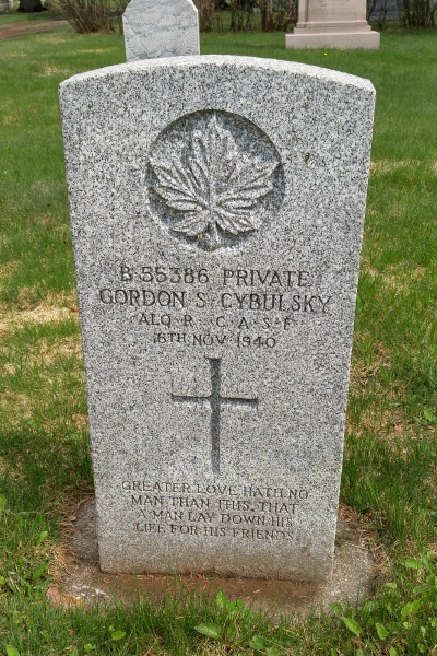 Grave marker– Thunder Bay St Andrew's RC Cemetery … May 2018 … photo courtesy of Marg Liessens